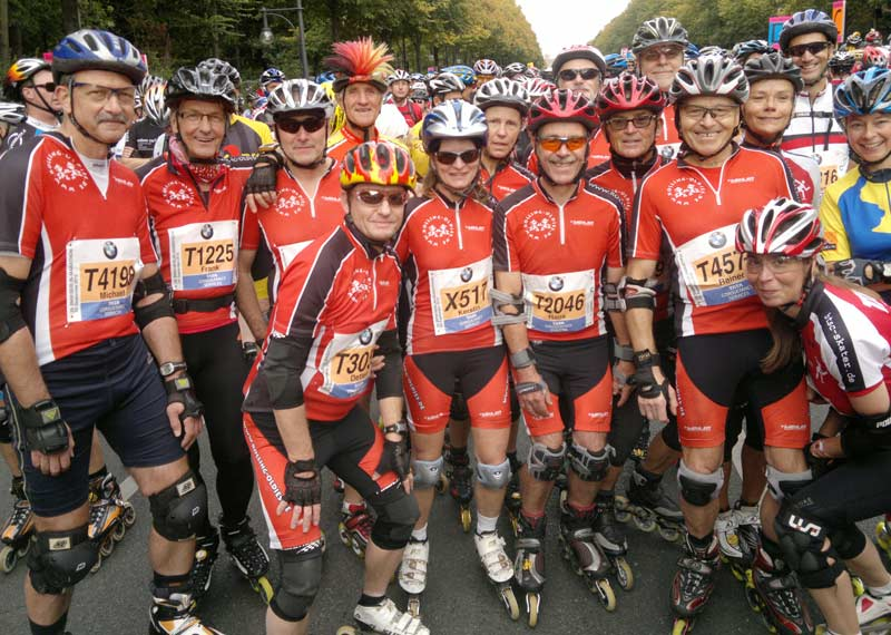 Rolling Oldies am Start beim Berlin-Marathon 2012
